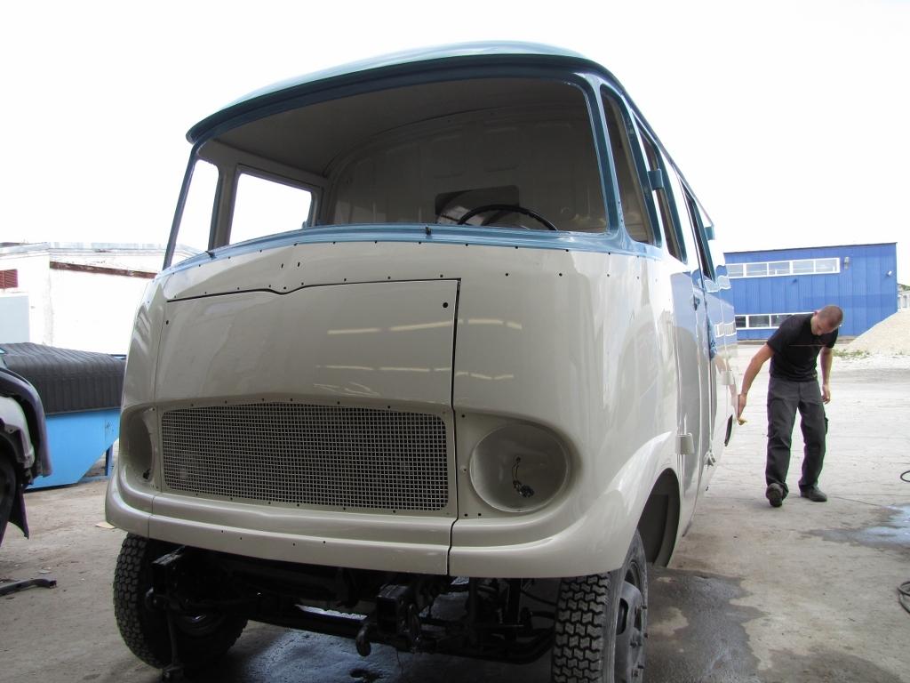 Mercedes-Benz L-319